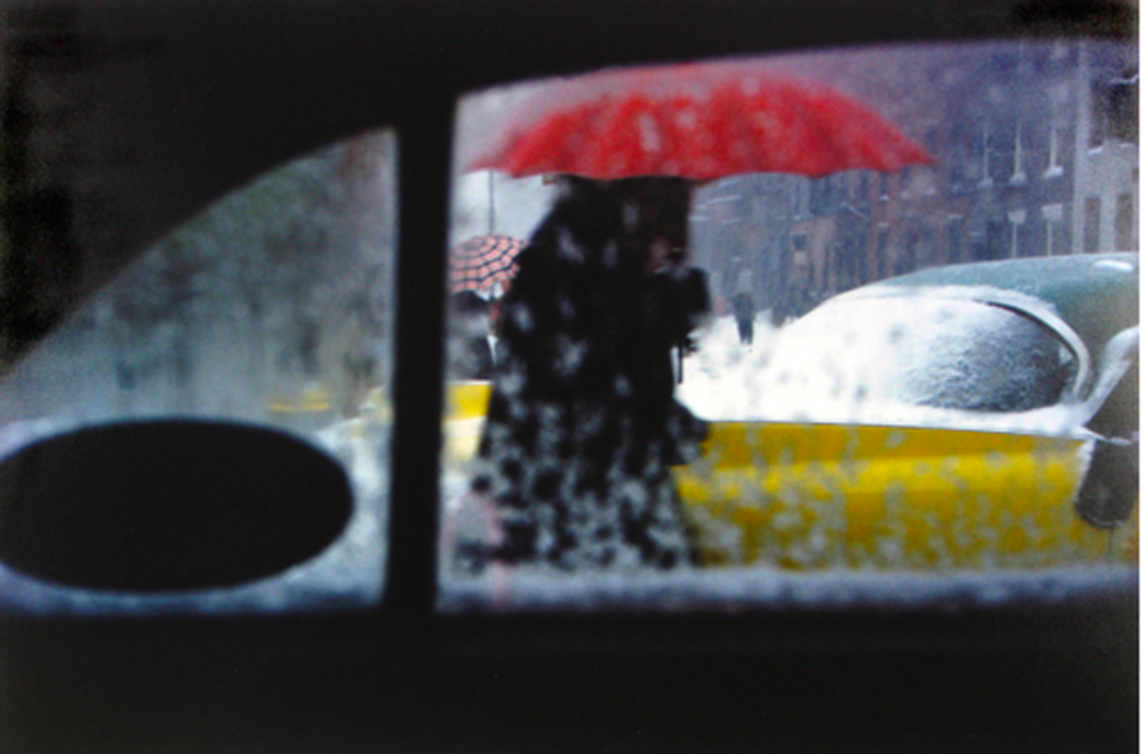 Red Umbrella, 1960  © Saul Leiter