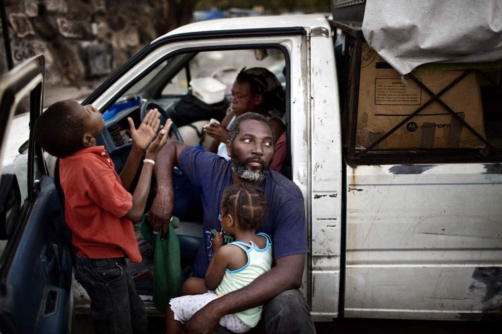 "Haiti, ""January 12, 2010″ © Marco Di Lauro / Reportage by Getty Images"
