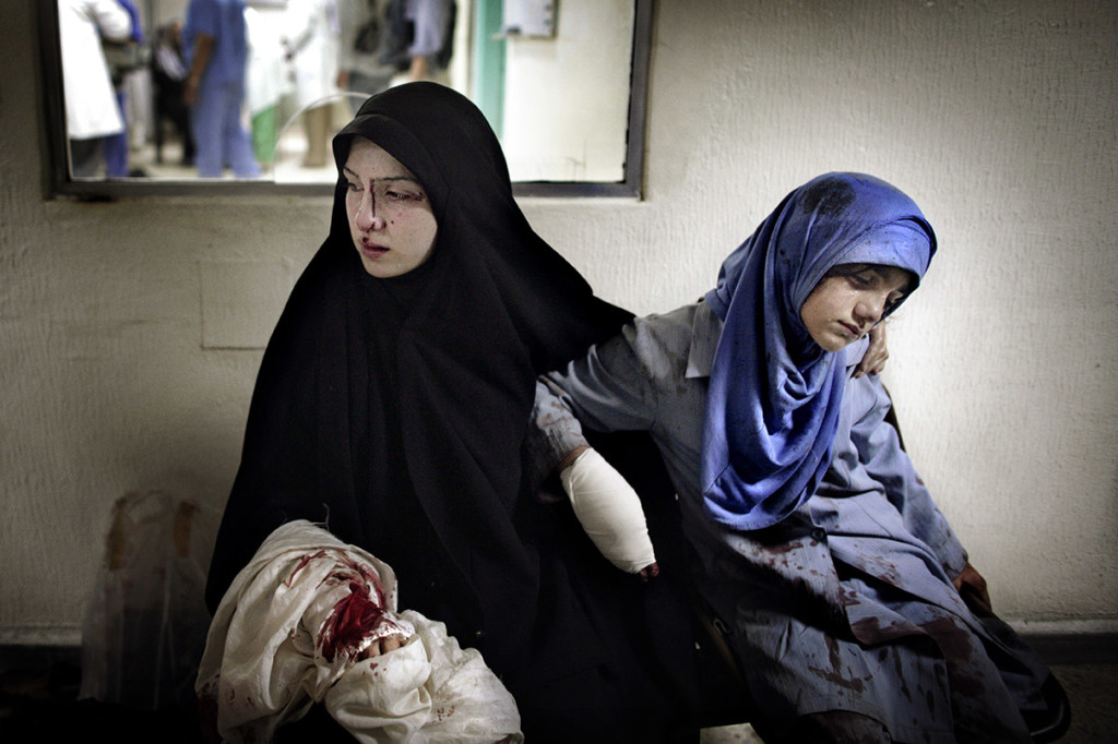 """Lebanon, """"July War"""" © Marco Di Lauro / Reportage by Getty Images"""