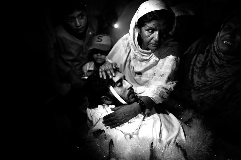 Pakistan, Karachi, July 2010  © Massimo Berruti