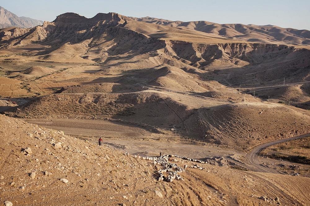 16/05/15. Awbar Village, Darbandikhan area, Iraq. - The mountains around Awbar village. © Aram Karim/Metrography
