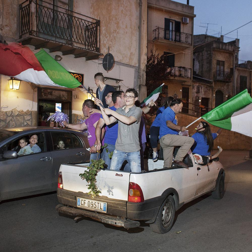 Torretta (PA), giugno 2013. I festeggiamenti per l'elezione del nuovo sindaco. © Simone Donati / TerraProject