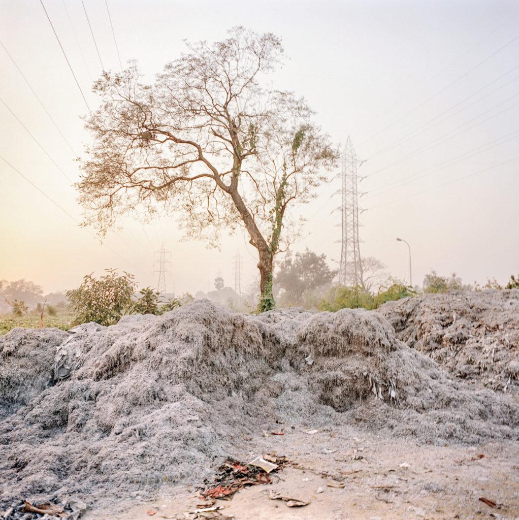 Concerie lungo il fiume, dintorni di Calcutta, 2010 - © Giulio Di Sturco.