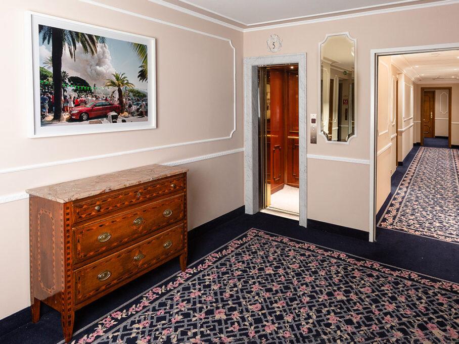 Un'immagine dell'opera di Andrea Botto esposta nella Collezione MiramART (www. grandhotelmiramare.it/miramart/) del Grand Hotel Miramare di Santa Margherita Ligure  (photo credit: Paola Allegra Sartorio)